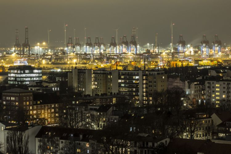 Wesound-WE16-Hamburg-View-cranes